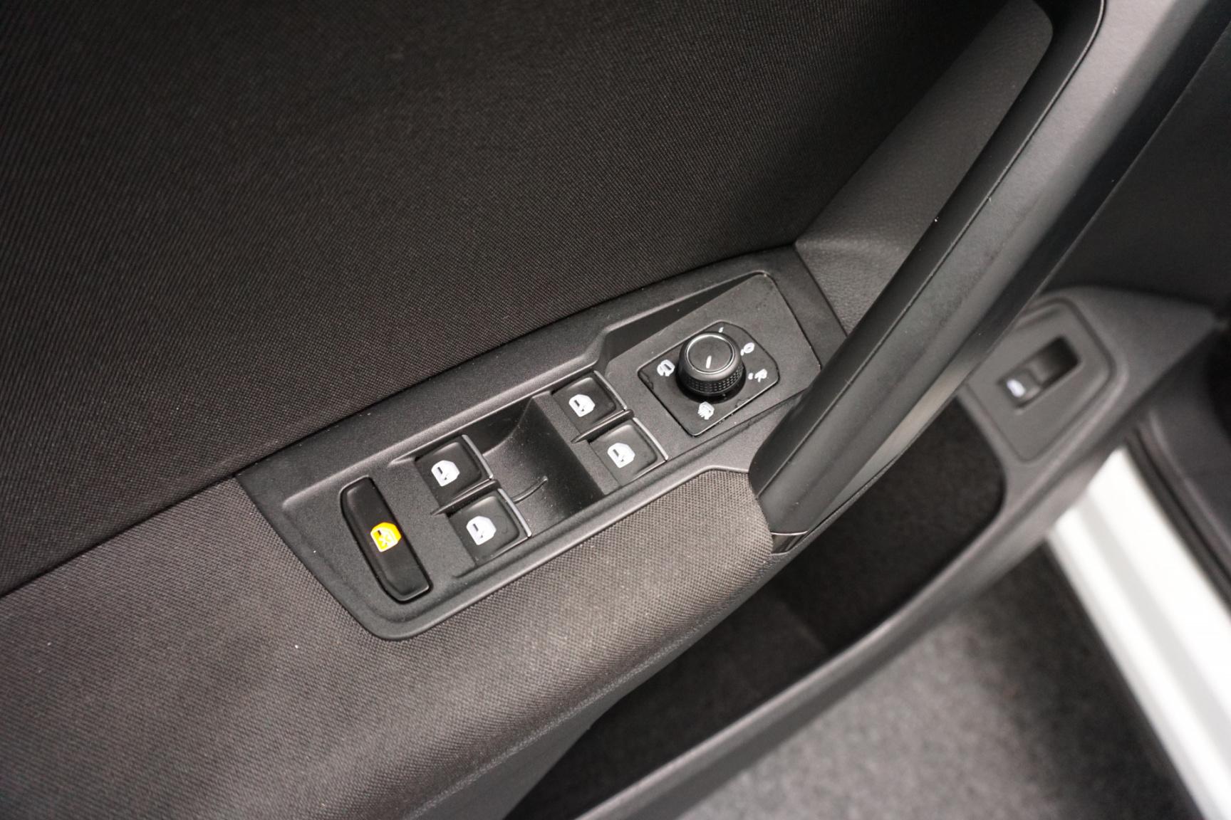 Volkswagen-Tiguan-25