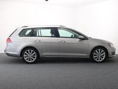 Volkswagen-Golf-36