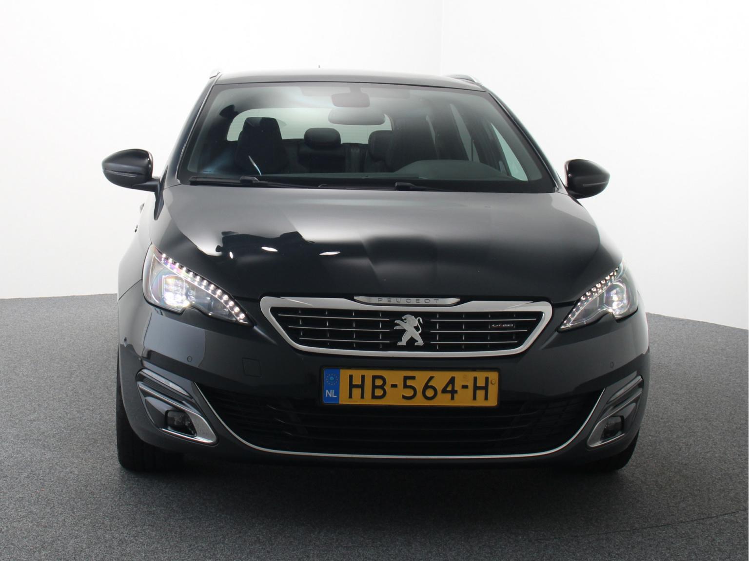Peugeot-308-4