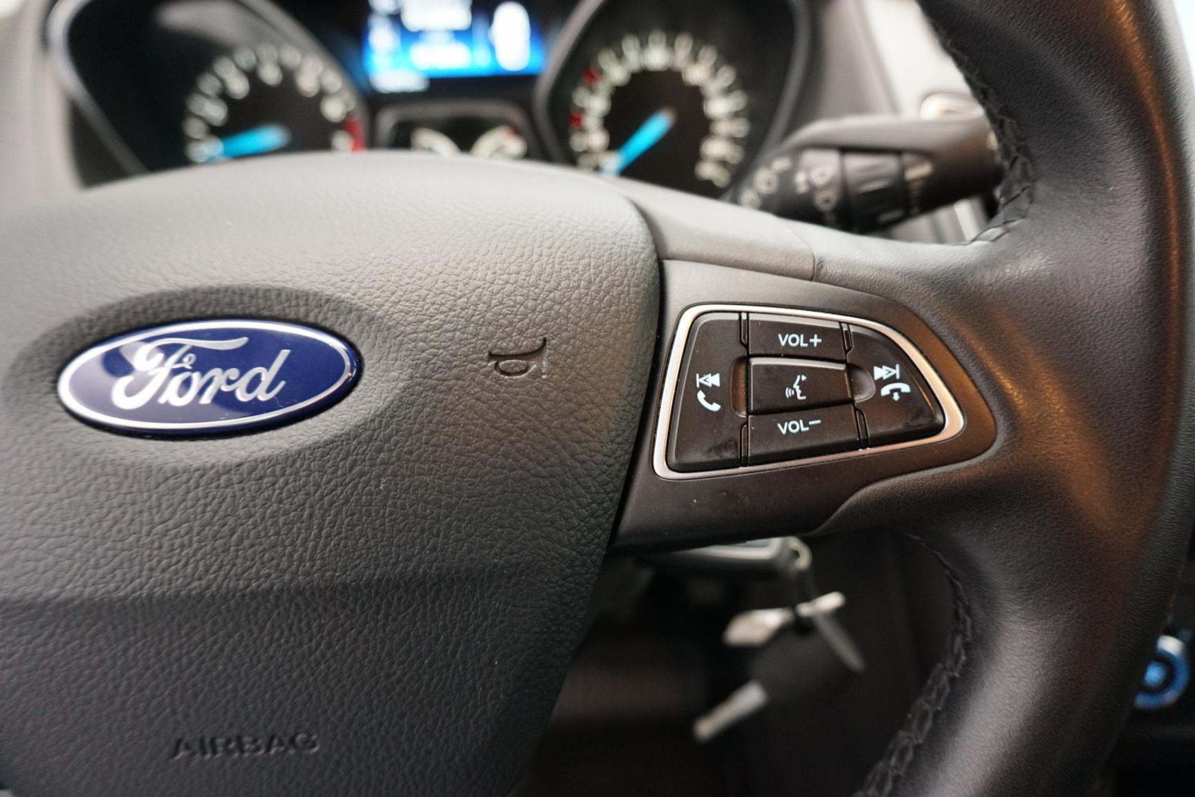 Ford-Focus-18