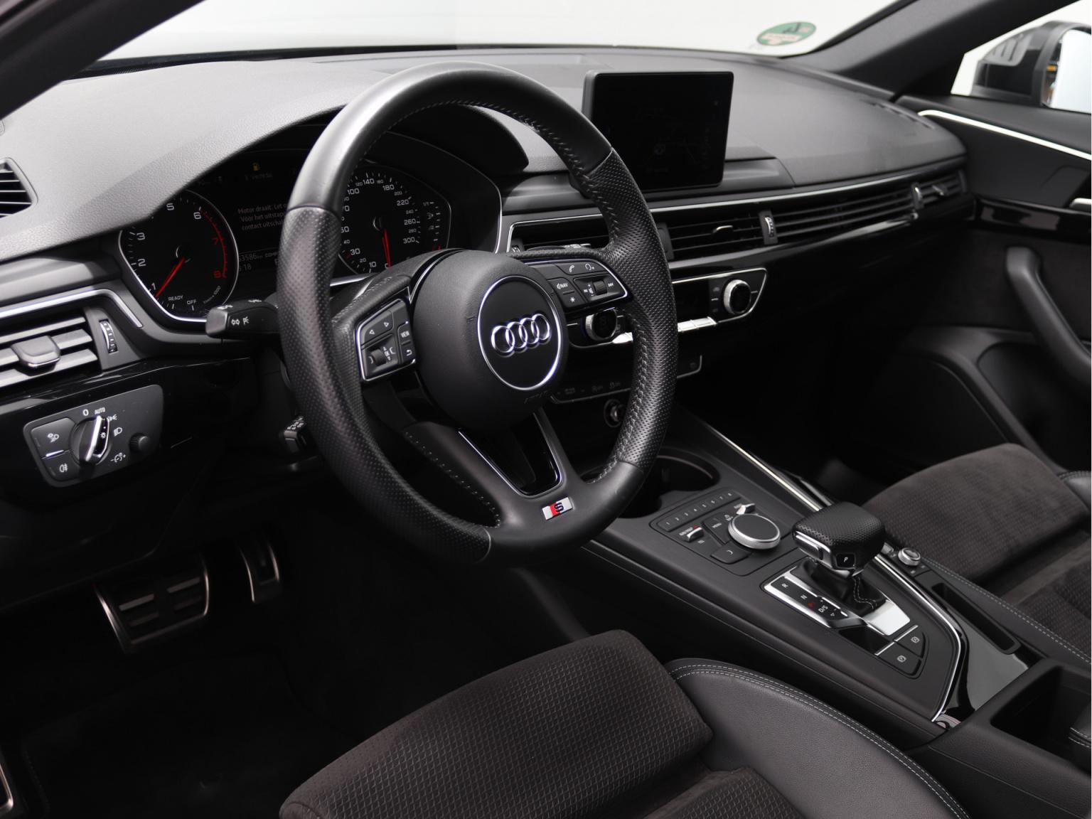 Audi-A4-7